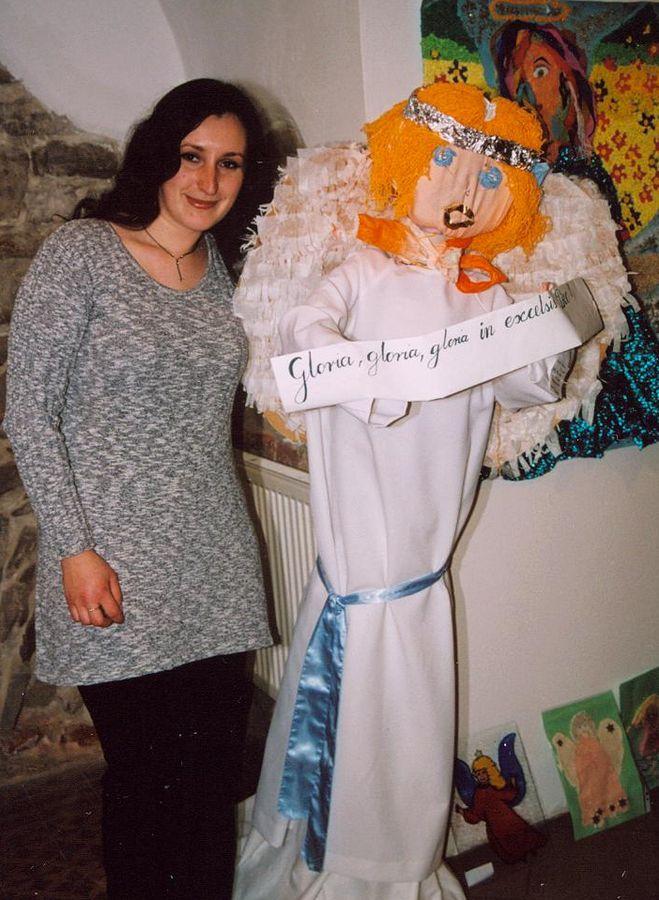 Agnieszka i Anioł (Anioł z prawej)